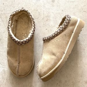 UGG Tasman Slip-on Sherpa Lined Mules Sandals